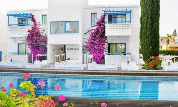 YES! 8 dagen Cyprus €253,- p.p. | Kleurrijk appartement mét zwembad
