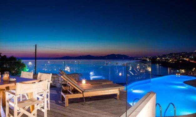 Magisch Mykonos in oktober 2020 | Luxe hotel aan zee mét ontbijt €466,-