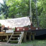 Uniek! Overnachten in een bosboot | 4 dagen in zomervakantie maar €186,-
