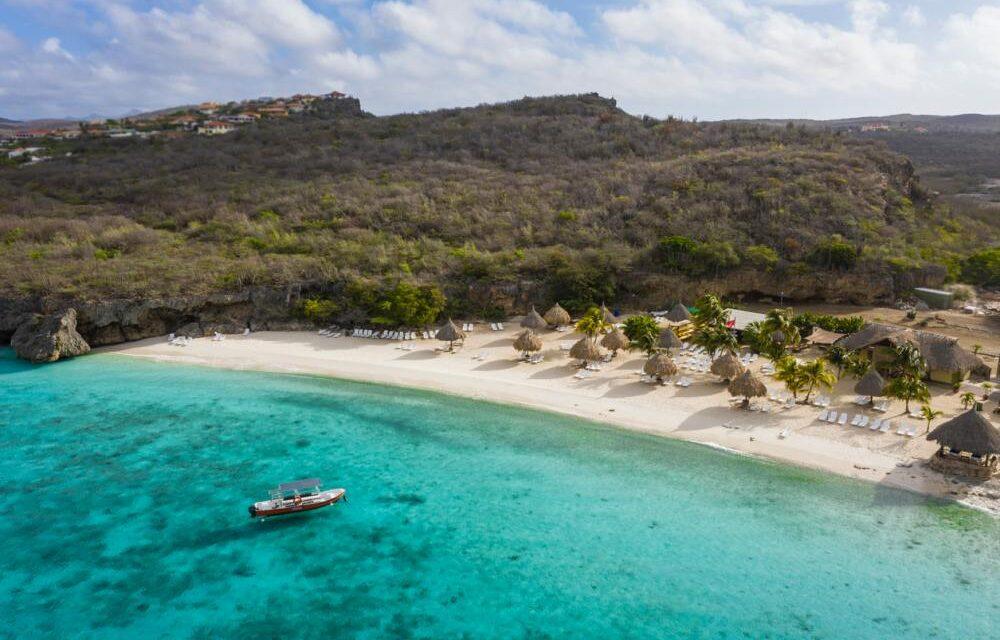 Last minute vakantie Curacao €499,-   9 dagen incl. vlucht & hotel (8,2/10)!