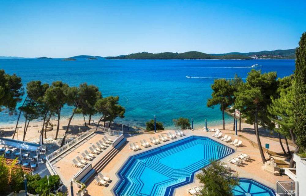 All inclusive Kroatië in oktober 2020 | Luxe 4* hotel aan zee €472,-