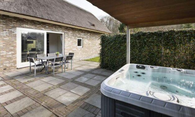 Roompot Drenthe | Grote 6-persoons villa met jacuzzi & sauna V/A €160,-