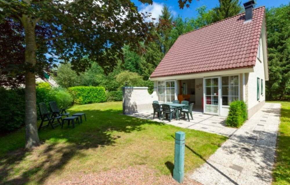 6-persoons bungalow @ Hellendoorn | Midweek in zomervakantie v/a €368,-