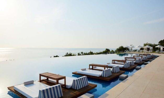 Last minute droomvakantie | 5* SPA hotel (9,4/10) op 't Griekse vasteland