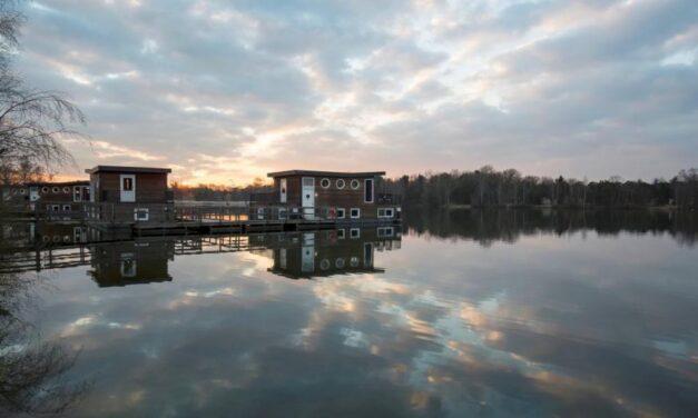 Uniek: midweek in een luxe woonboot €288,- | Center Parcs Kempervennen