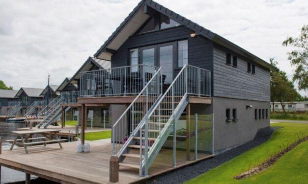 Last minute Friesland | Villa @ Waterpark Sneekermeer 35% korting