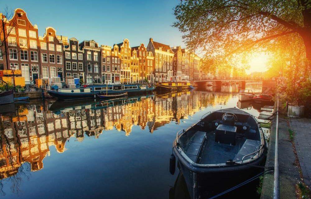 Luxe 4* wellness hotel in Amsterdam | Incl. ontbijt, diner & meer €49,- p.p.