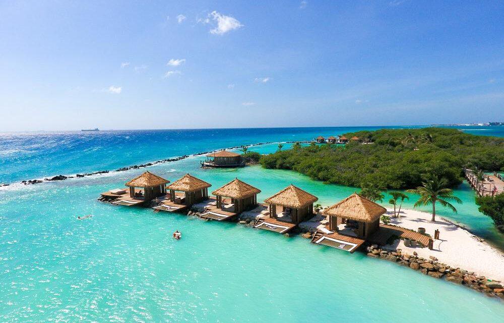 Luxe Aruba vakantie voor €799,- | Renaissance Resort met privé-eiland!