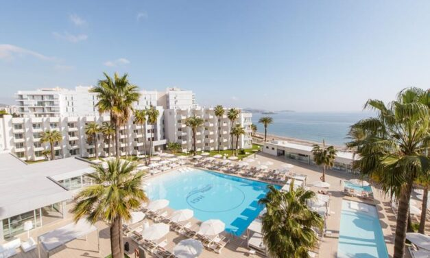 Ultra luxe 5* vakantie naar Ibiza | Incl. ontbijt & diner slechts €568,-