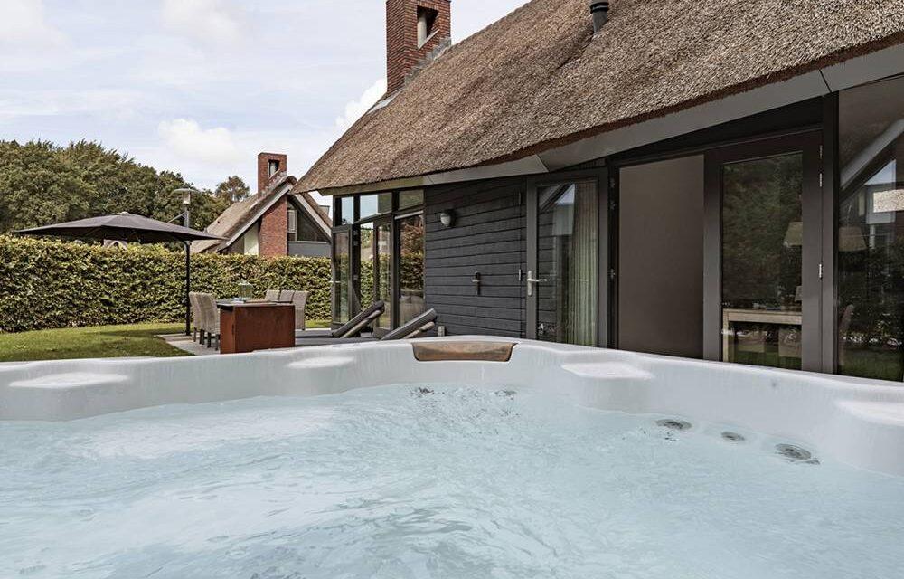 TIP! Luxe villa met jacuzzi €117,- p.p. | Ligging aan de Schoorlse Duinen