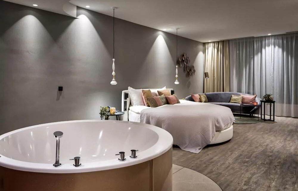 Hotel met jacuzzi op de kamer | Luxe hotelkamer Nederland | TOP 10