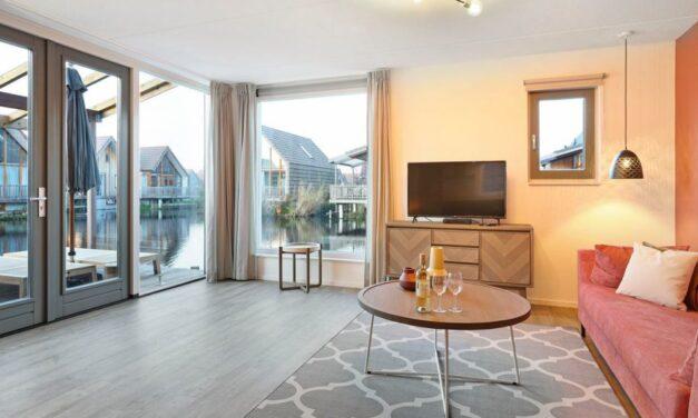 Luxe wellnesswoning @ de Reeuwijkse Plassen | Bubbelbad, sauna & meer