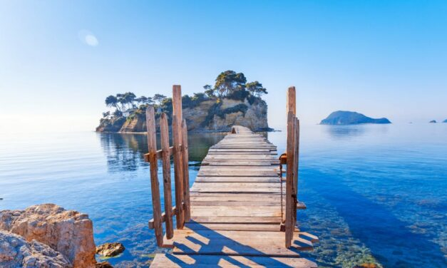 Cameo Island Zakynthos   Zonnen, schildpadden spotten & hotel tips