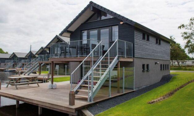 Villa (6p) aan het water in Friesland | Lang weekend met 46% korting