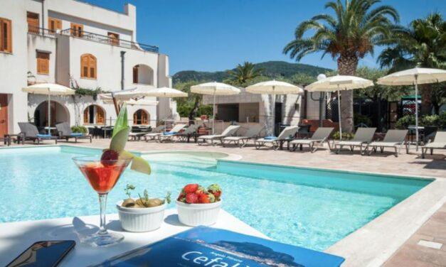 4* hotel vlak bij 't strand @ Sicilië   8 dagen in september €401,- p.p.