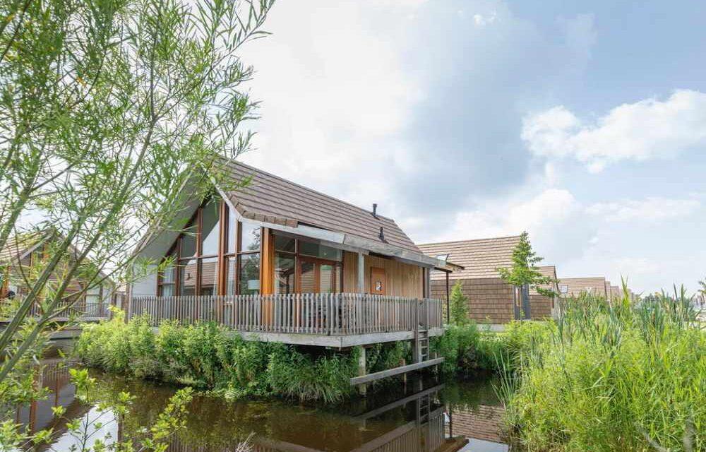 Getaway aan de Reeuwijkse Plassen | Waterwoning (6p) voor maar €169,-