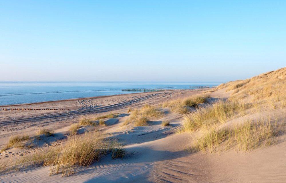 De 12 mooiste stranden van Zeeland   Ontdek hier waar je moet zijn!