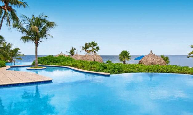 Super-de-luxe 4* Curacao €1099,-   Last minute all inclusive verblijf