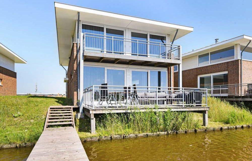 Huisje met bubbelbad & sauna in Friesland   Last minute 49% korting