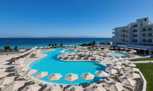 All inclusive naar Rhodos in juni 2021 | 4* hotel direct aan 't strand €514,-