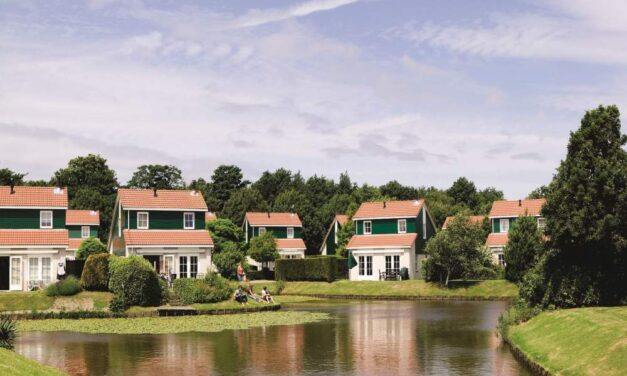 Luxe villa mét bubbelbad & sauna | Landal Zeeland nu extra voordelig