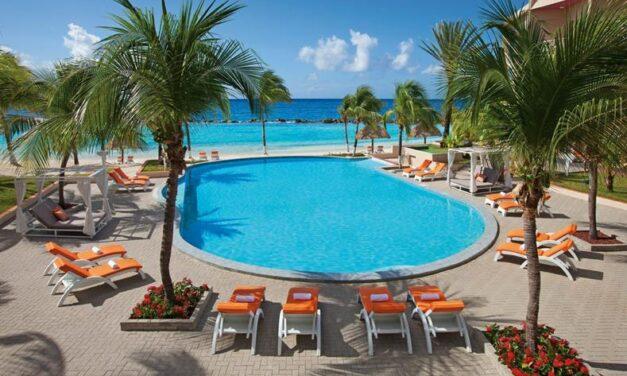 4* Curaçao Mambo Beach | Luxe all inclusive vakantie voor €1099,-