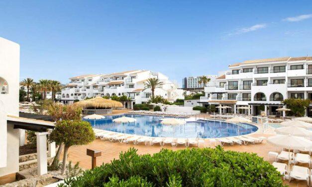 Last minute all inclusive Ibiza | 4* hotel in Playa d'en Bossa €475,-