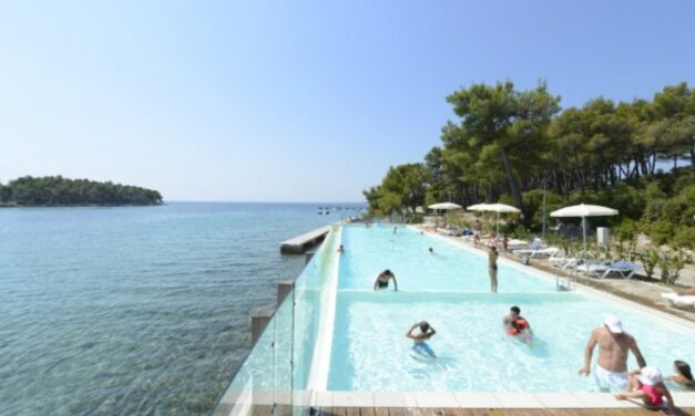 Tof! Fly & drive Kroatië | Vlucht, 4* hotel, huurauto & ontbijt €519,-