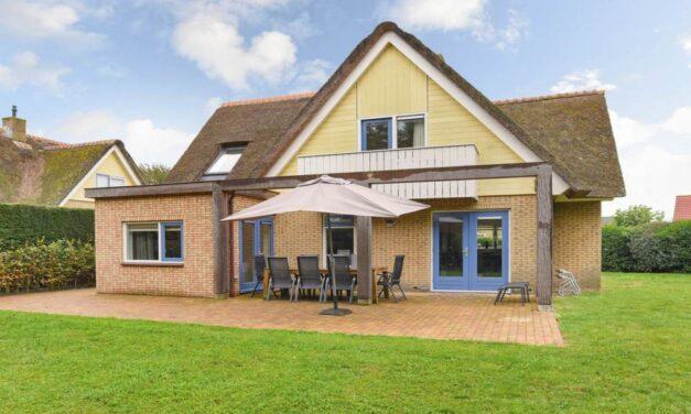 Wow! Luxe villa vlak bij 't strand op Texel | Landal nu met 20% korting