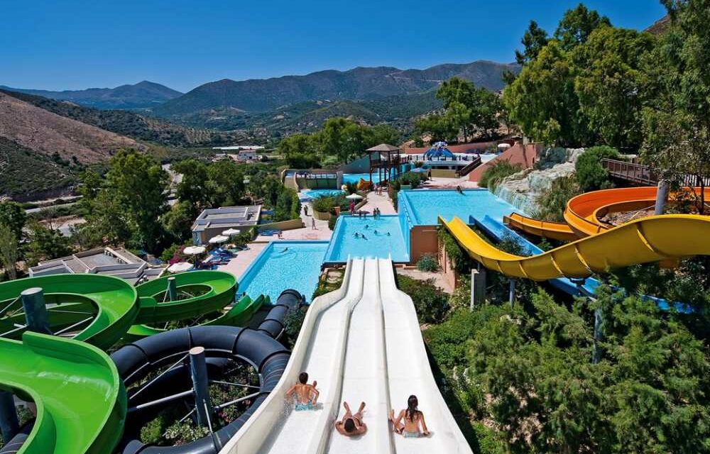 Hotel met glijbanen Kreta | Dit zijn de 10 leukste resorts mét waterpark!