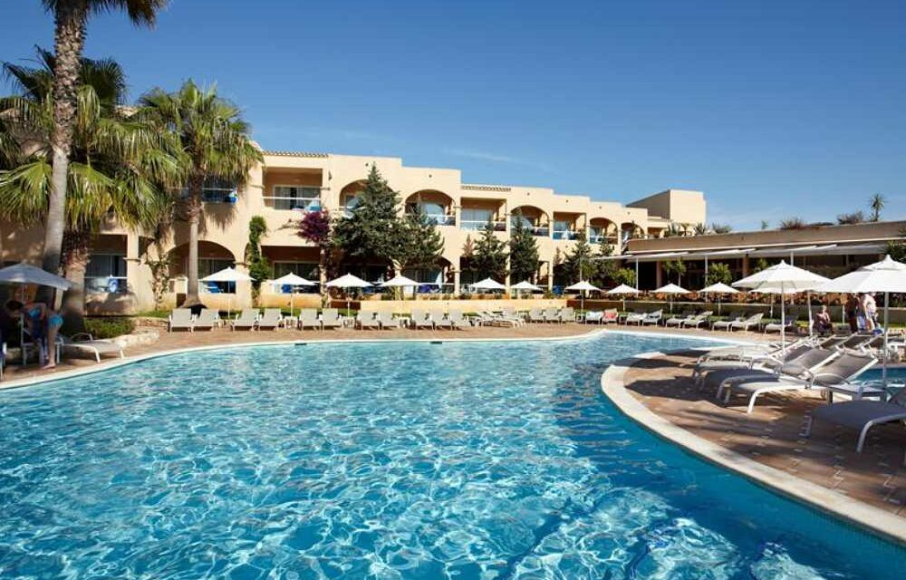 4* Adults Only Spa hotel in Santa Eularia   Last minute Ibiza nu €684,-