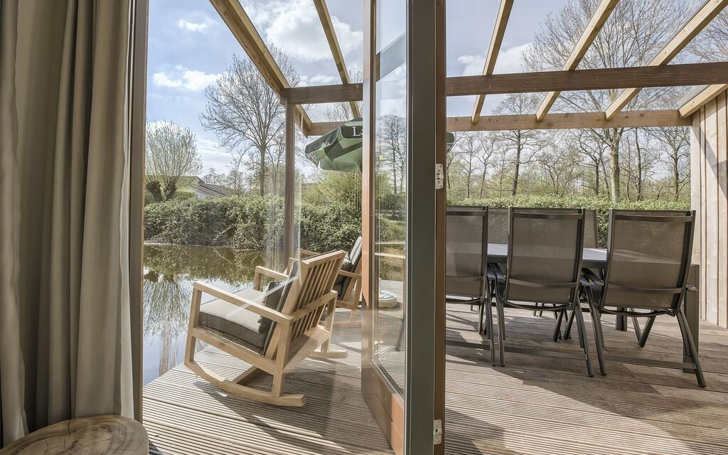 Luxe waterwoning incl. sauna (6P)   Begin augustus nu met 32% korting