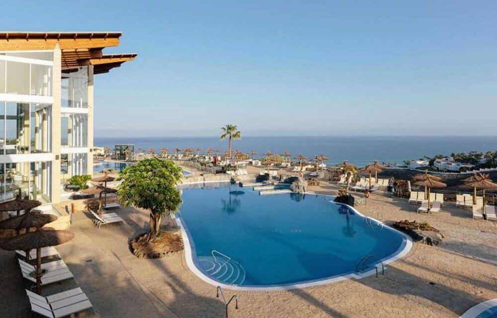All inclusive vakantie Fuerteventura €506,-   Luxe 4* SPA-hotel aan zee