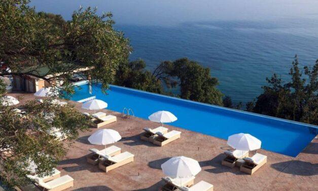 Last minute naar zonnig Corfu | Luxe 5* vakantie incl. ontbijt €368,-