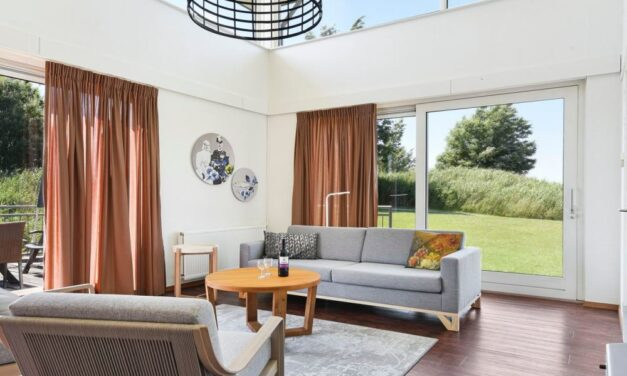 Landal Esonstad nu met 30% korting   Luxe waterwoning met sauna