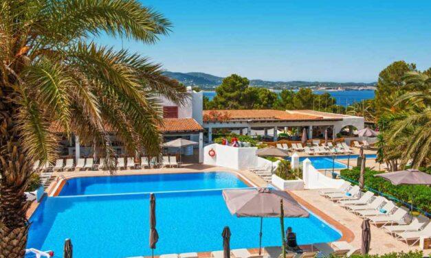 4* Marble Stella Maris op Ibiza   Last minute 8 dagen all inclusive €475,-