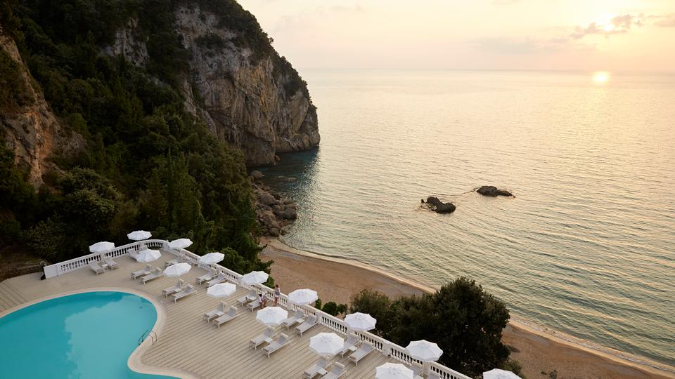 Last minute 5* Corfu €529,-   Adults Only hotel incl. ontbijt + diner
